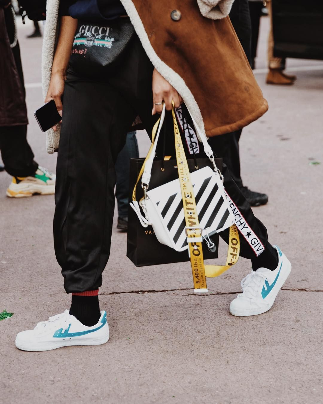 39a6583aeaa Off white bag Paris fashion week