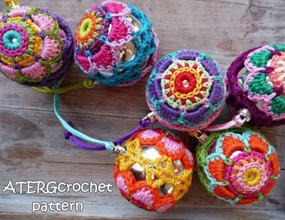 Crochet pattern Christmasball flower by ATERGcrochet | Stricken+ ...