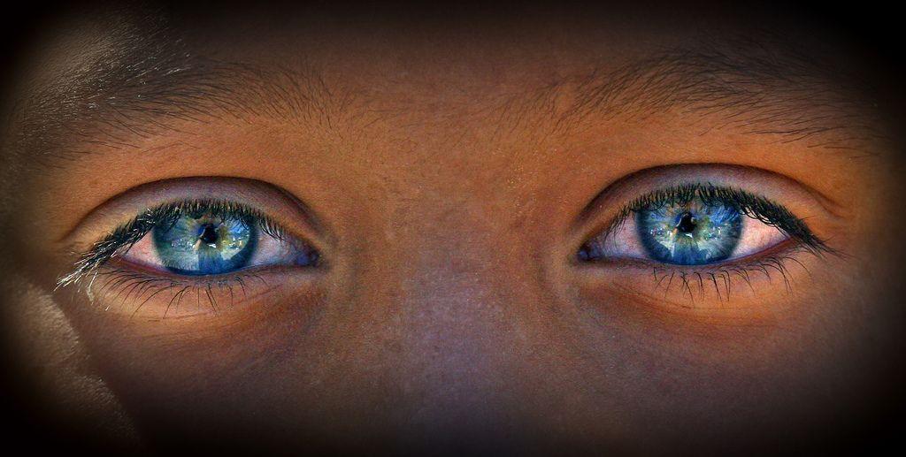 Beautiful blue eyes | Faces | Eyes, Blue eye facts, Beautiful eyes