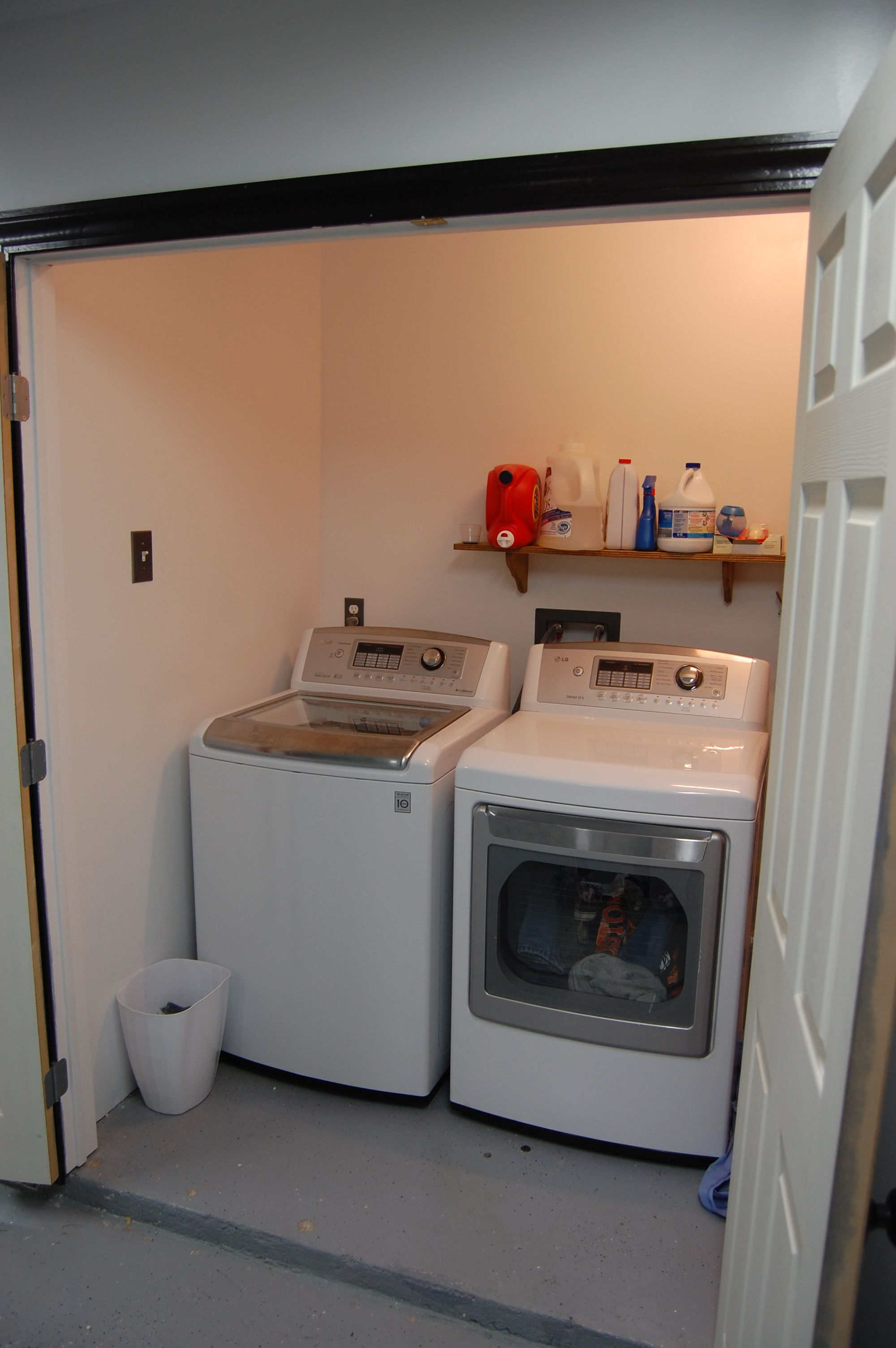 Enclose A Bit Of The Garage To Make A Laundry Room No Link