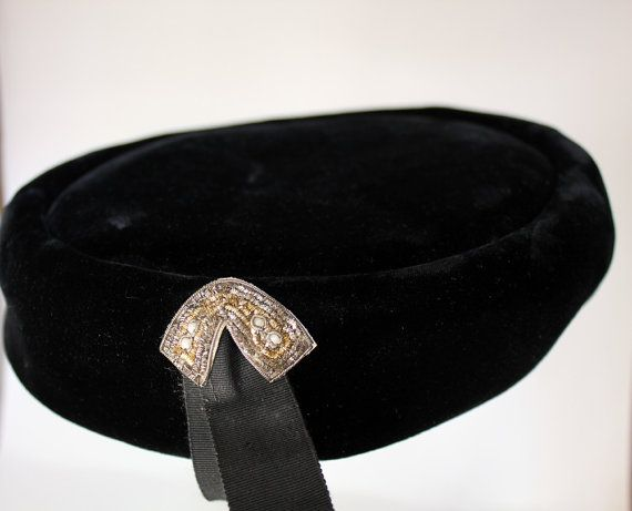 Charming Vintage Ladies Hat Belmar by whitelilaccottage on Etsy ... ce522c48a96
