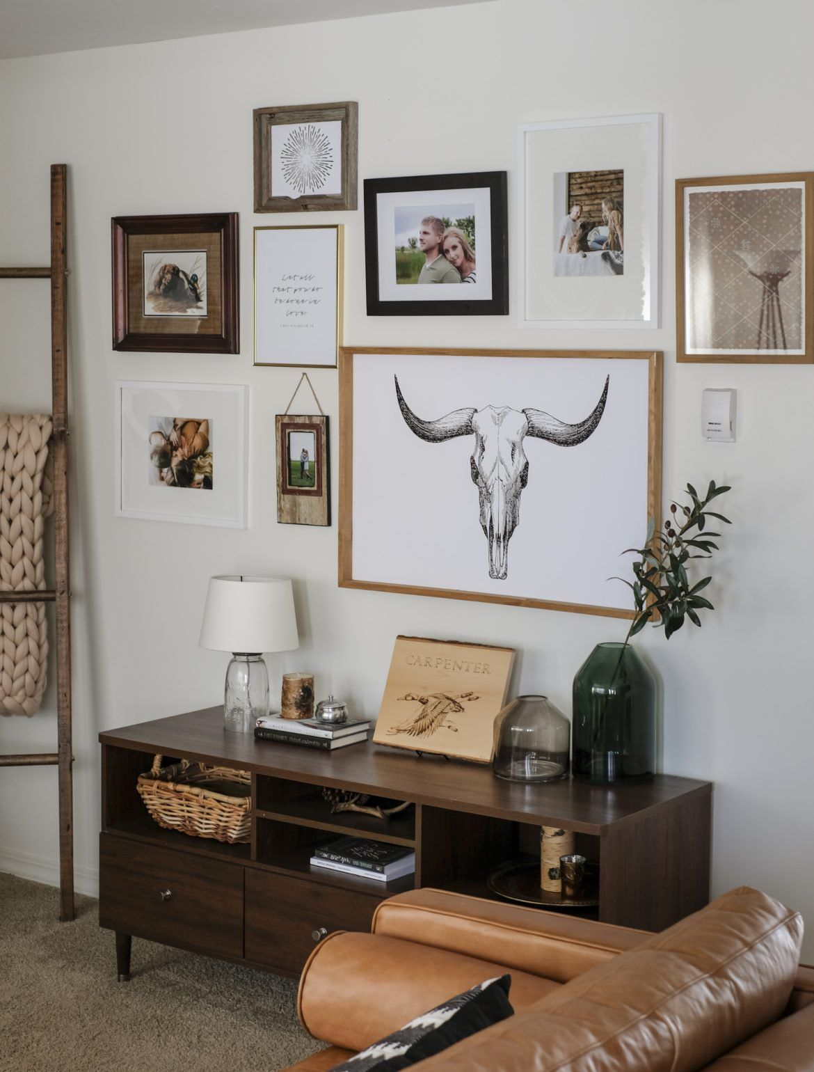 How To Layout A Gallery Wall + Free Printables | Joyfully Growing Blog