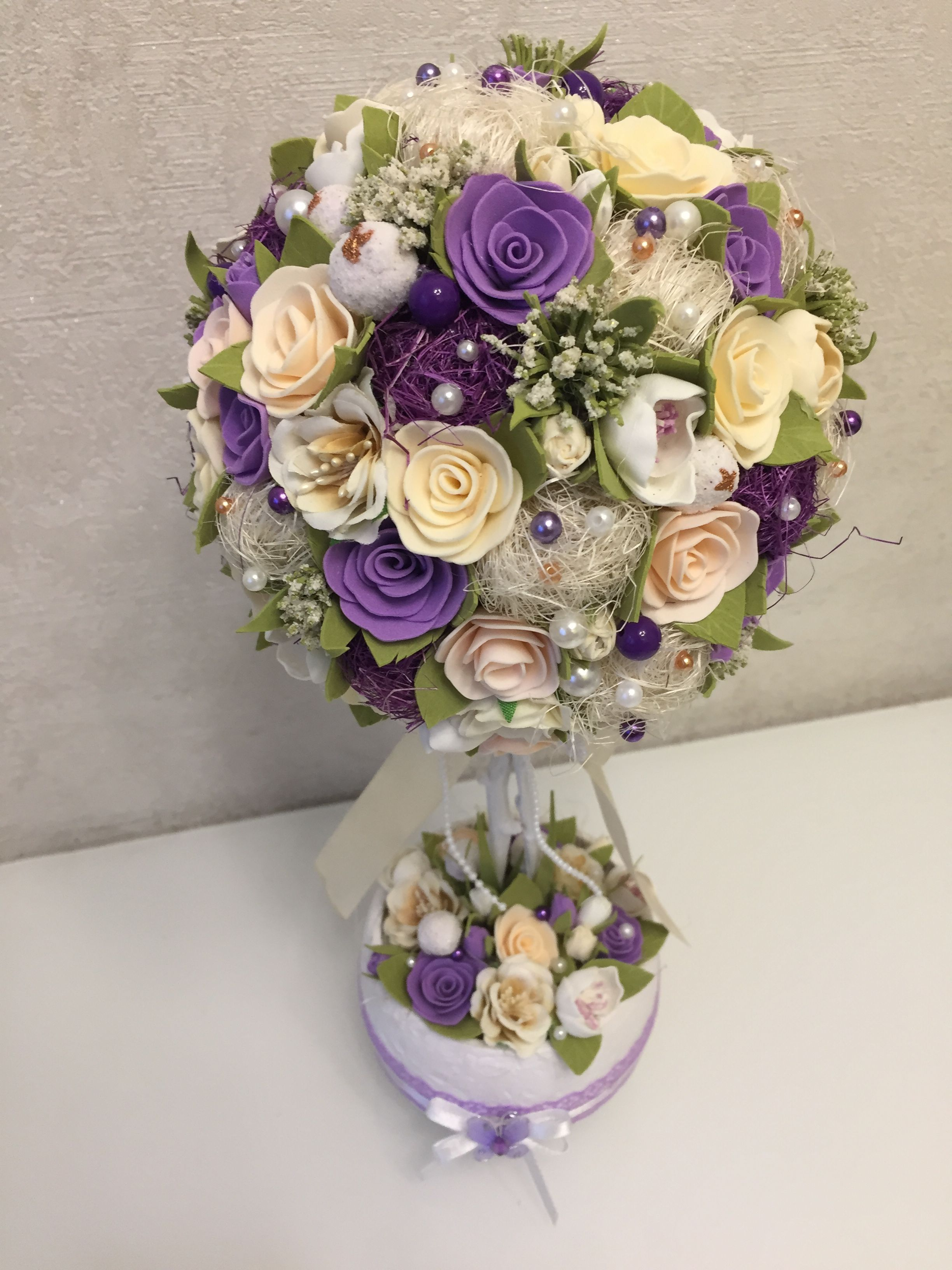 Easter wedding bouquets  Pin by Lizzyflan on Wedding flowers  Pinterest  Topiary Cemetery