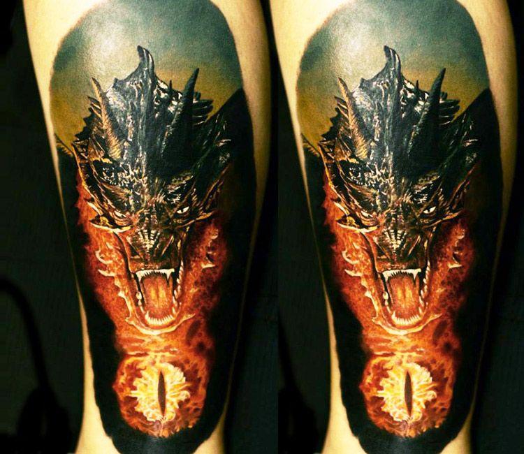 smaug dragon tattoo by andrey kolbasin ausgefallene tattoos drachentattoos und herr der ringe. Black Bedroom Furniture Sets. Home Design Ideas