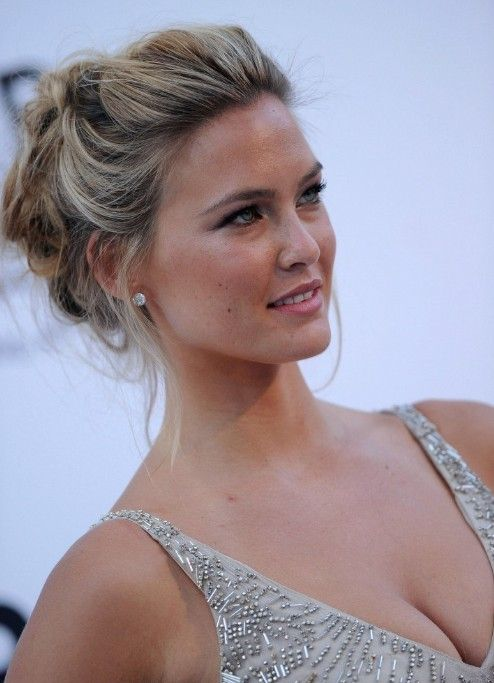 Bar Refaeli Loose Textured Messy Updo - Hottest Messy Updo #messyupdos