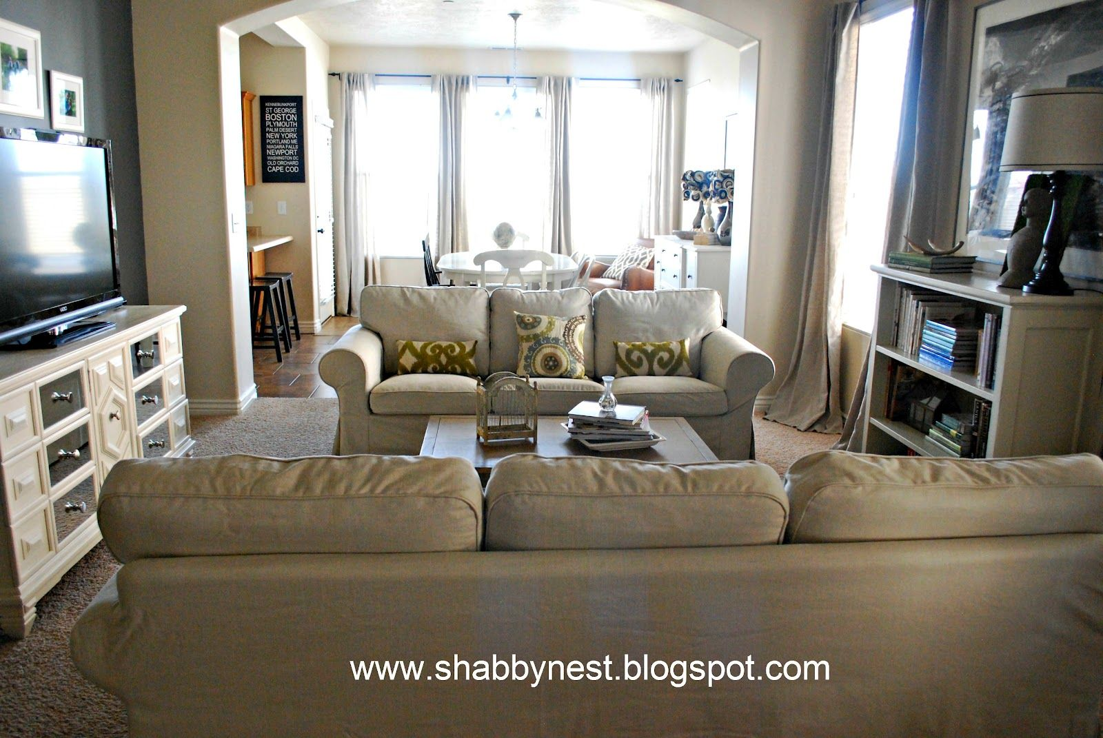 Two Loveseats In Living Room Two Sofas Facing Each Otherthen Chairs On The Tv Side For The