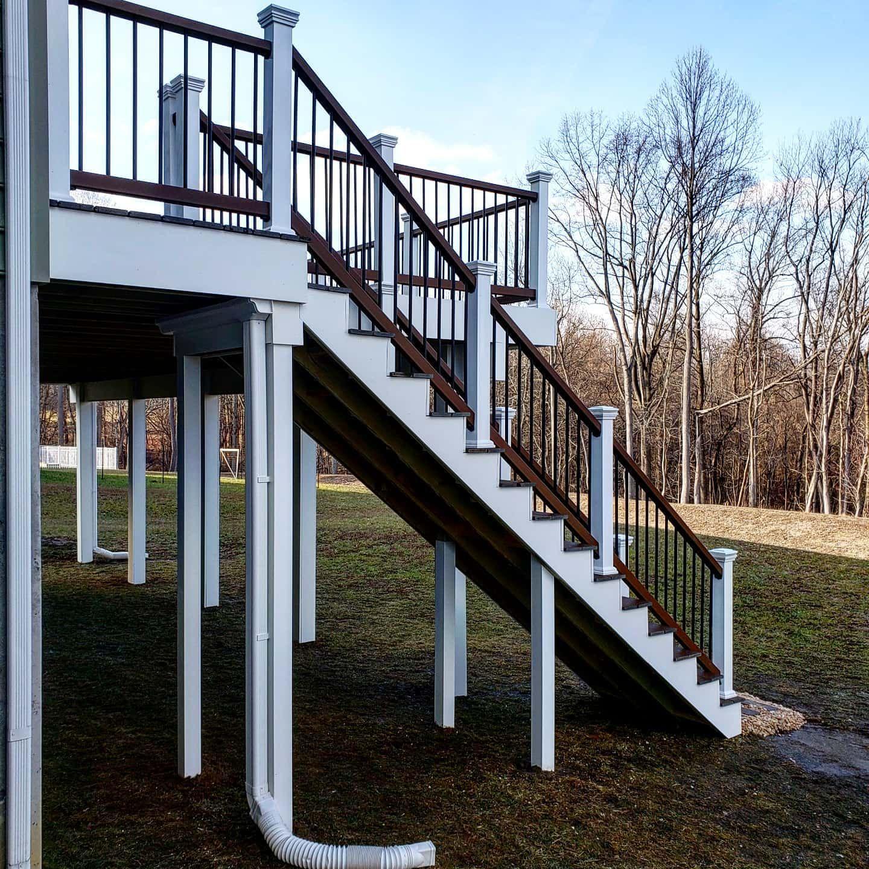 Pin On Diy Deck Railing Projects | Trex Transcend Stair Railing | Fascia | Lantern | Curved | Backyard | Premade Prefab Deck