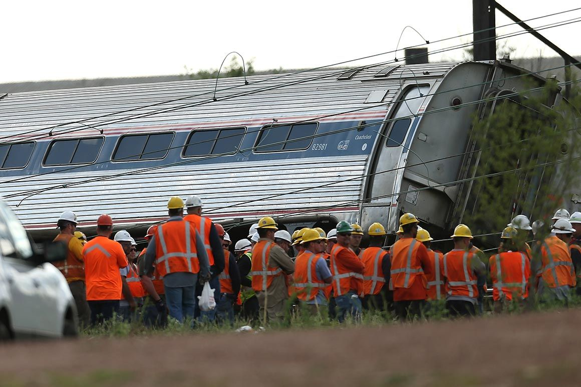 Amtrak's new ticket rules won't let passengers sue in a