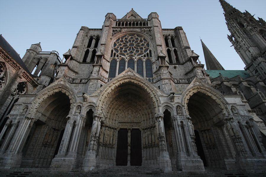 #Infinito Misterioso: La Catedral de Chartres, Extraños Principios para Construir una Iglesia...