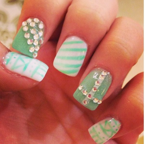 sea foam green nails of