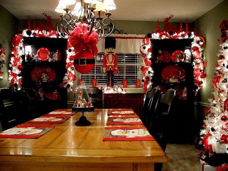 40 Christmas Table Decors Ideas To Inspire Your Pinterest Followers - christmas decors