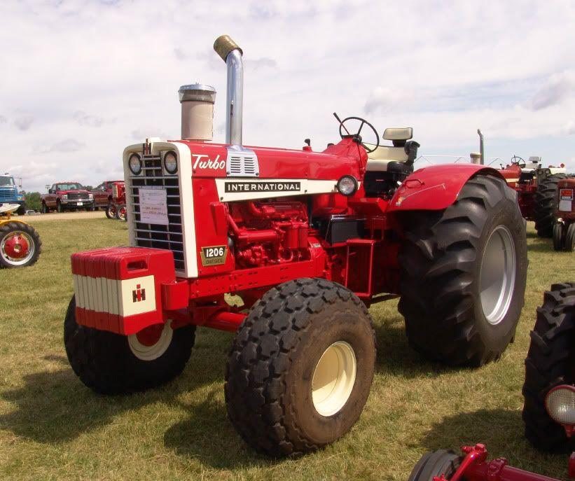 1206 wheatland international harvester pinterest for International harvester decor