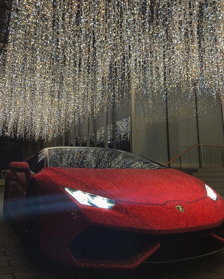 Photo of Bedazzled Lambo: This Hurracan is covered with 1.3-million crystals! | Slaylebrity