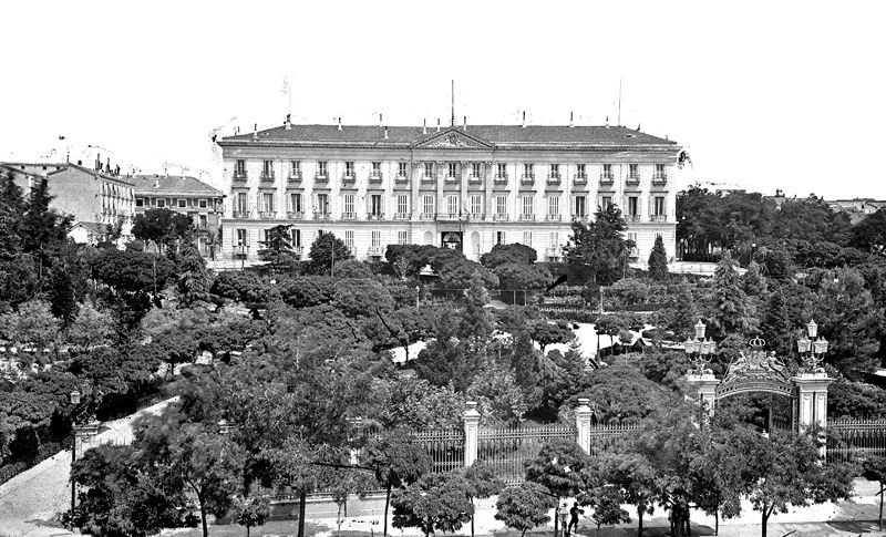 Palacio De Buenavista Madrid De La Guerra Civil A La
