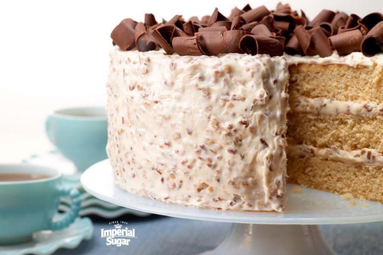 Southern Praline Cake | Imperial Sugar