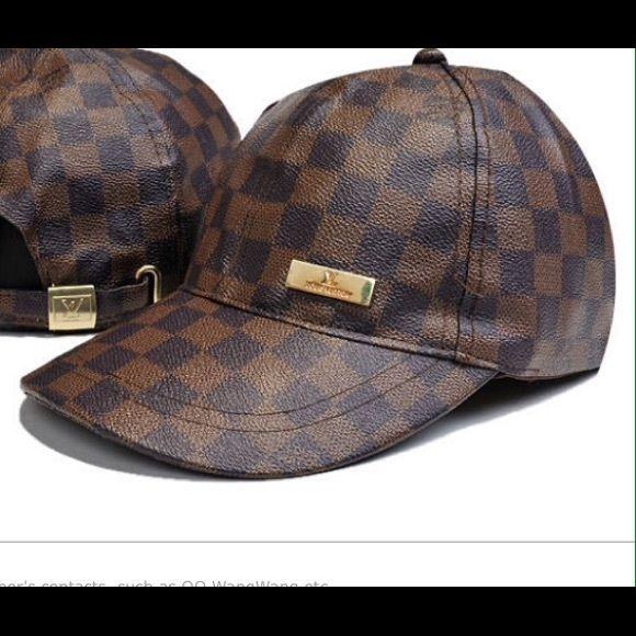 Louis Vuitton baseball hat Louis Vuitton baseball hat Louis Vuitton  Accessories Hats 96f117c4983