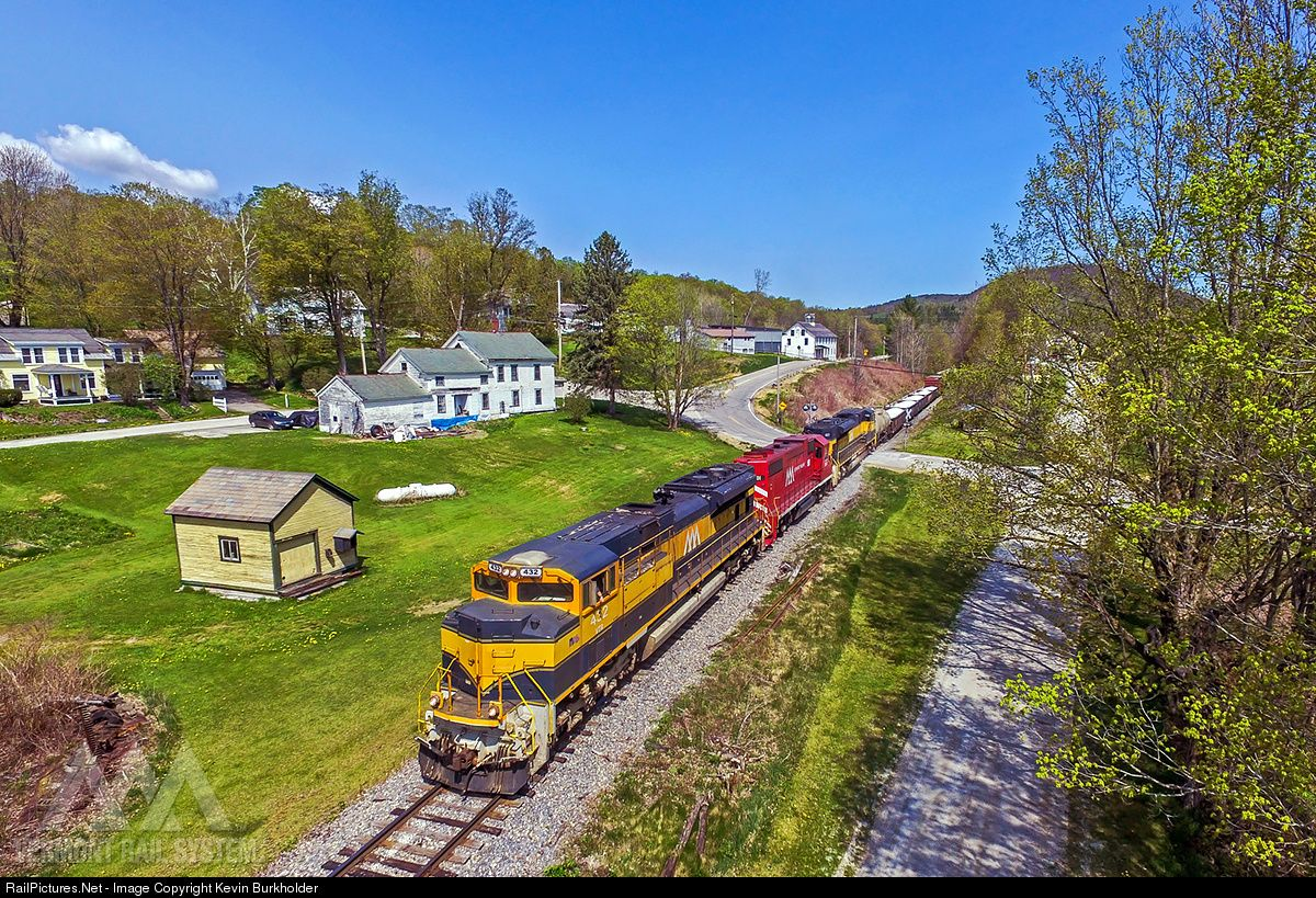 Photo vtr 432 201 431 vermont rail