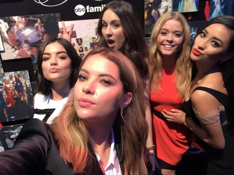 Pin by Kat on Shay Mitchell | Pretty litle liars, Little ...