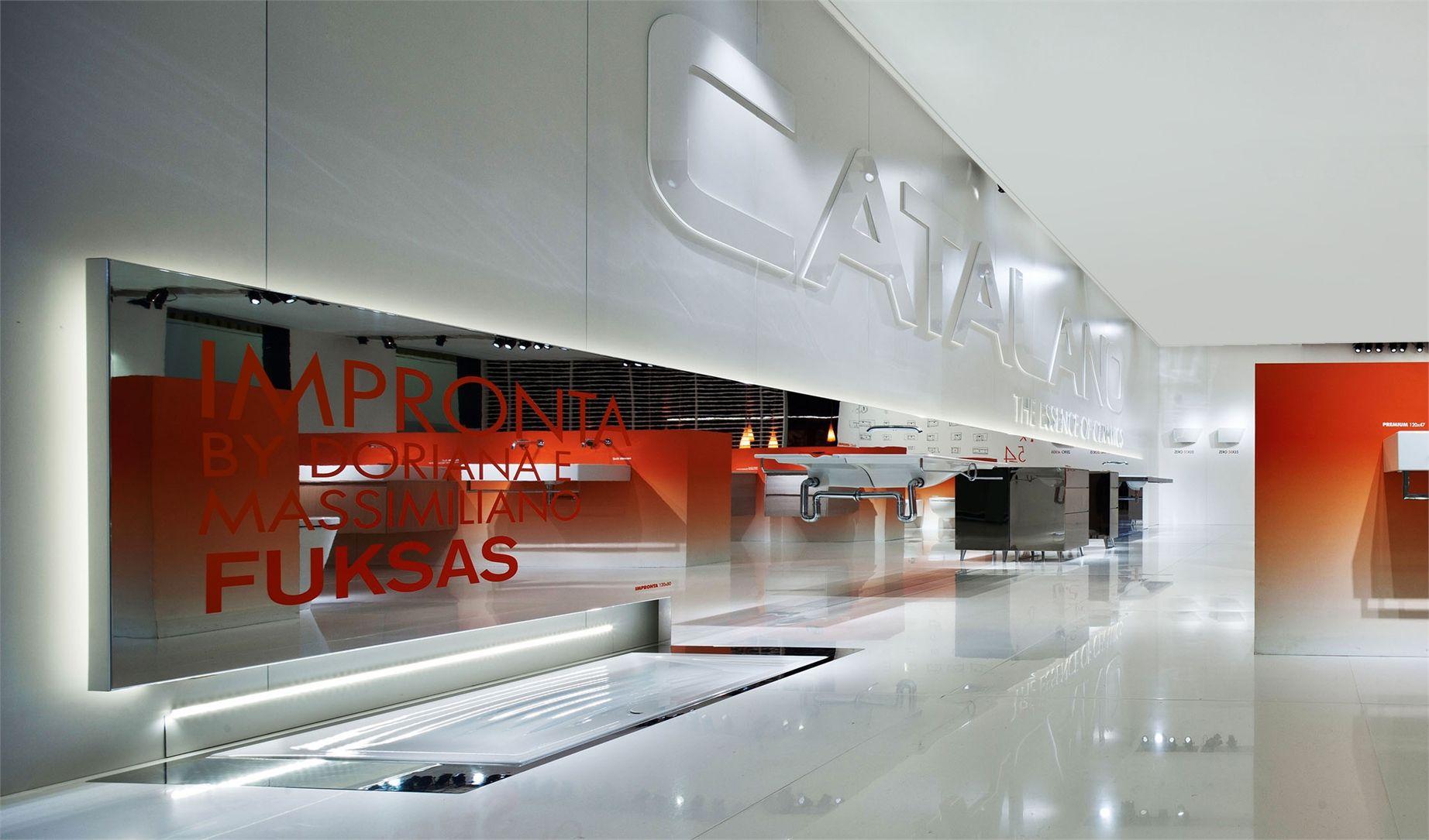 Stand catalano bank office interiors ceiling lights for Effebi arredamenti