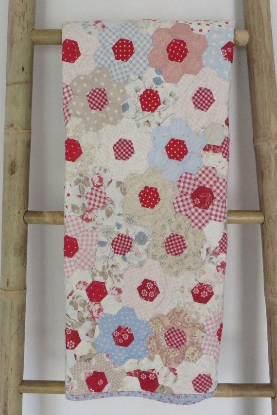 Hexagon Quilt, paper pieced and hand quilted baby quilt, lap quilt ...