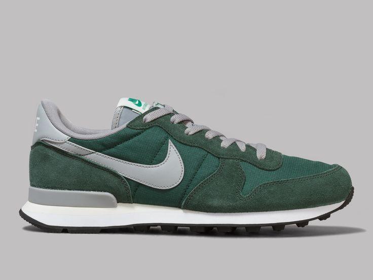 Con abajo Despedida  Nike Internationalist (Gorge Green / Matte Silver / Grove Green ...