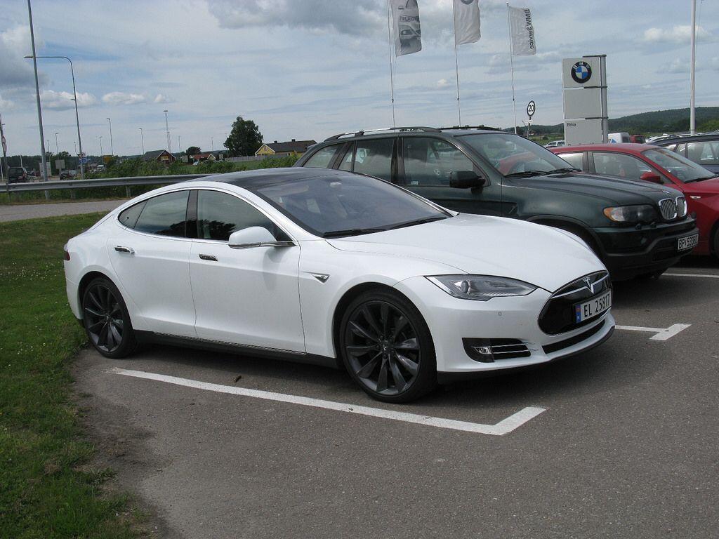 Tesla Model S Tesla model s, Tesla, Model