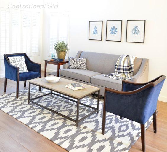 Como decorar en gris y azul marino tu sala salon hola for Decoracion de salas color gris