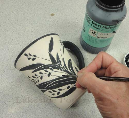 Tips on sgraffito cer mica videos y t cnicas para for Ceramica para modelar