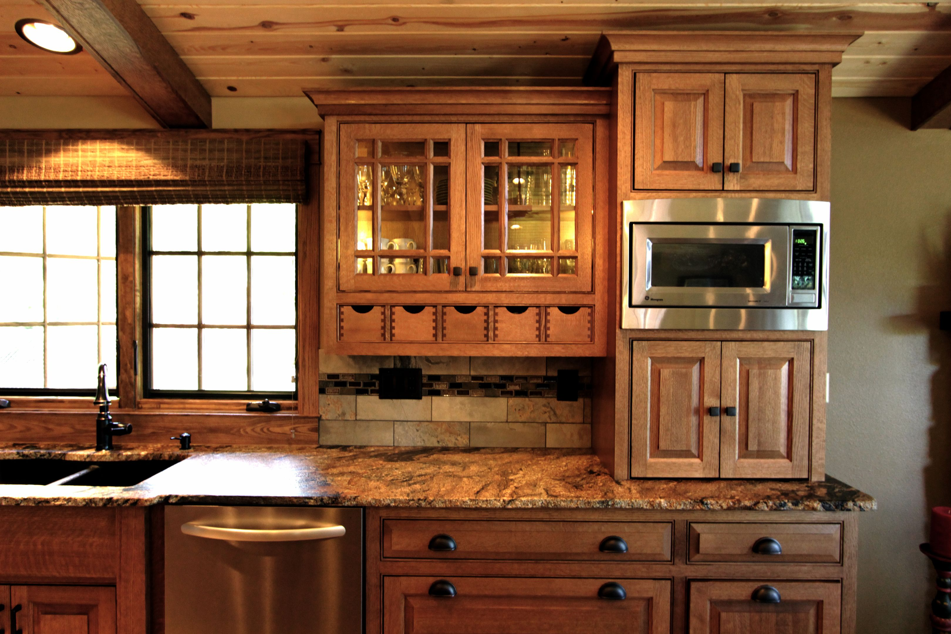 Best Oak Kitchen Cabinets With Grid Glass Affordable Custom 640 x 480