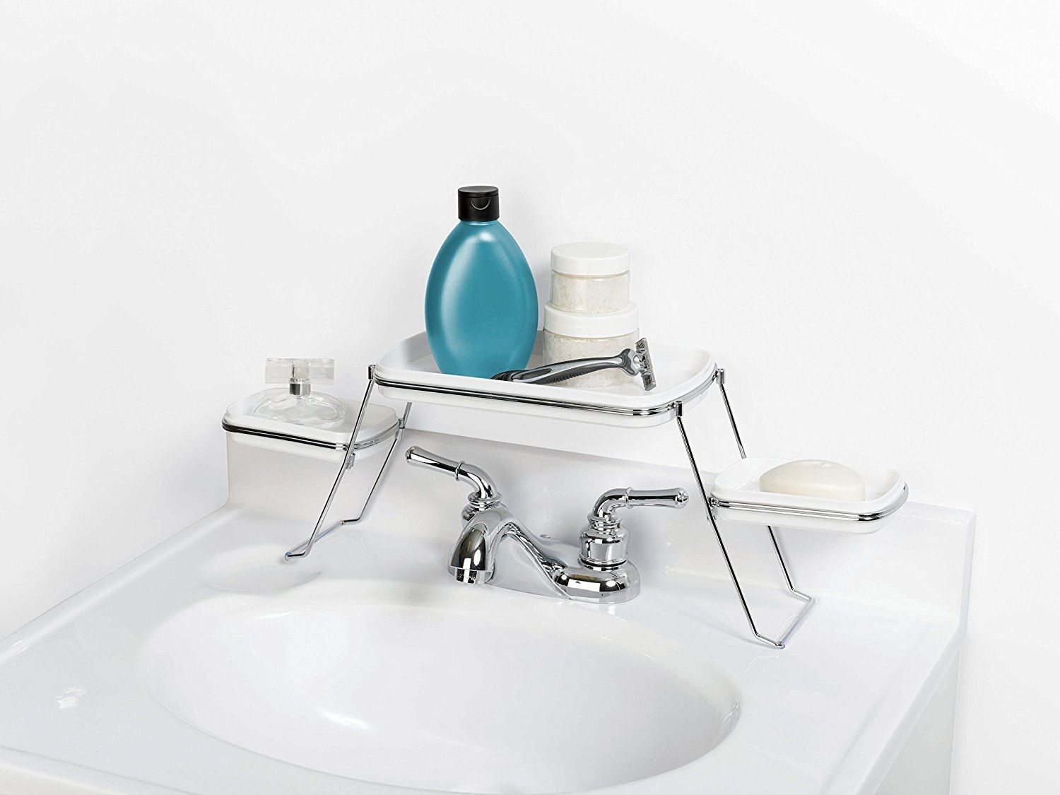 No More Unused Space: Fit More Storage in a Tiny Bathroom