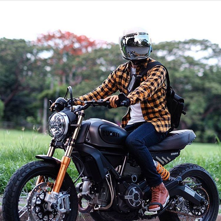 Ride With Style Moto Banker