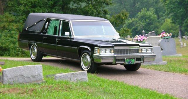 Tour Montgomery in a haunted hearse