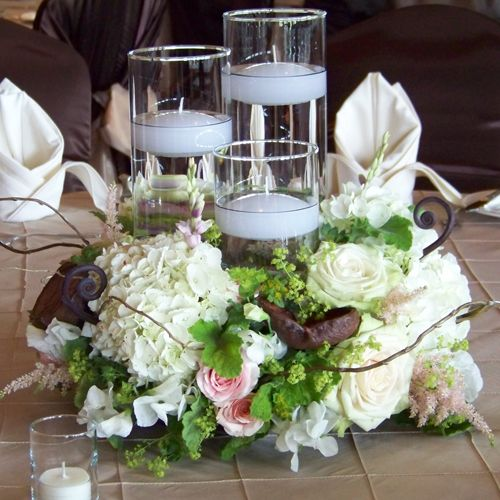 Wedding Centerpieces With Candles: Sarah And Chris' Wedding In Freeland, Michigan