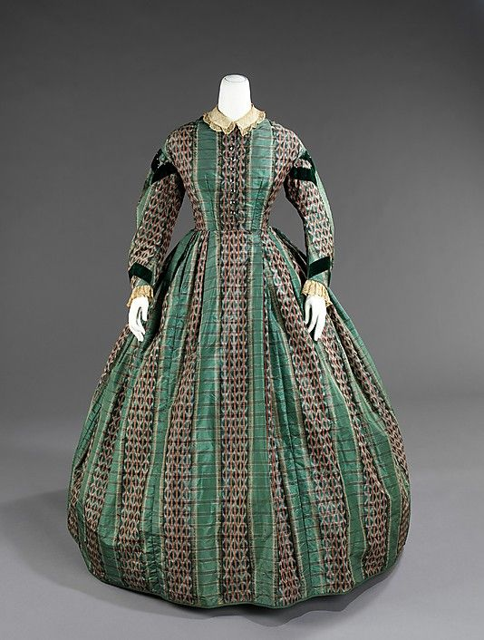 1855 American Dress front view