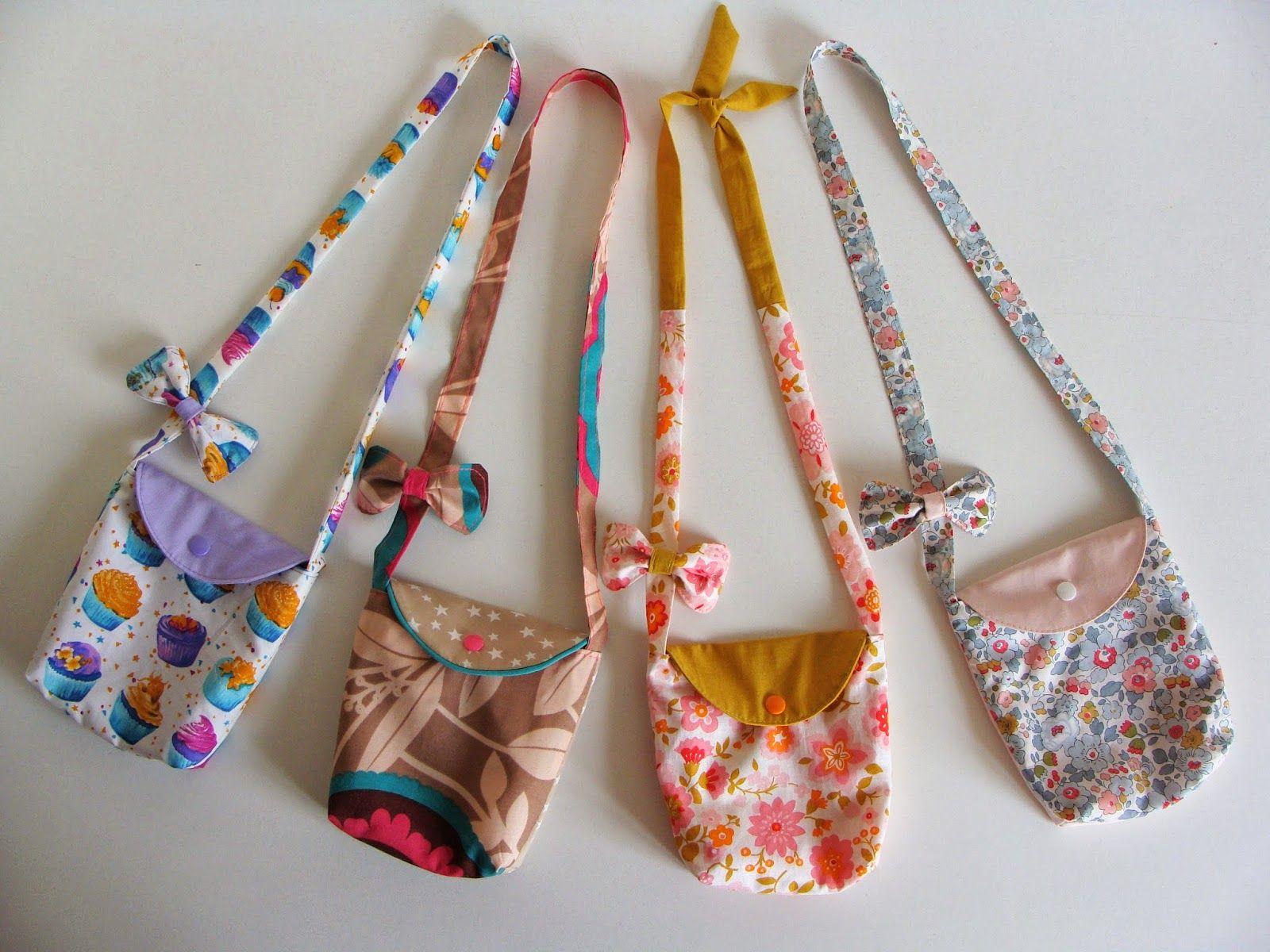 orphyse id e cadeau pour petite fille tuto du sac et du noeud couture pinterest cadeaux. Black Bedroom Furniture Sets. Home Design Ideas
