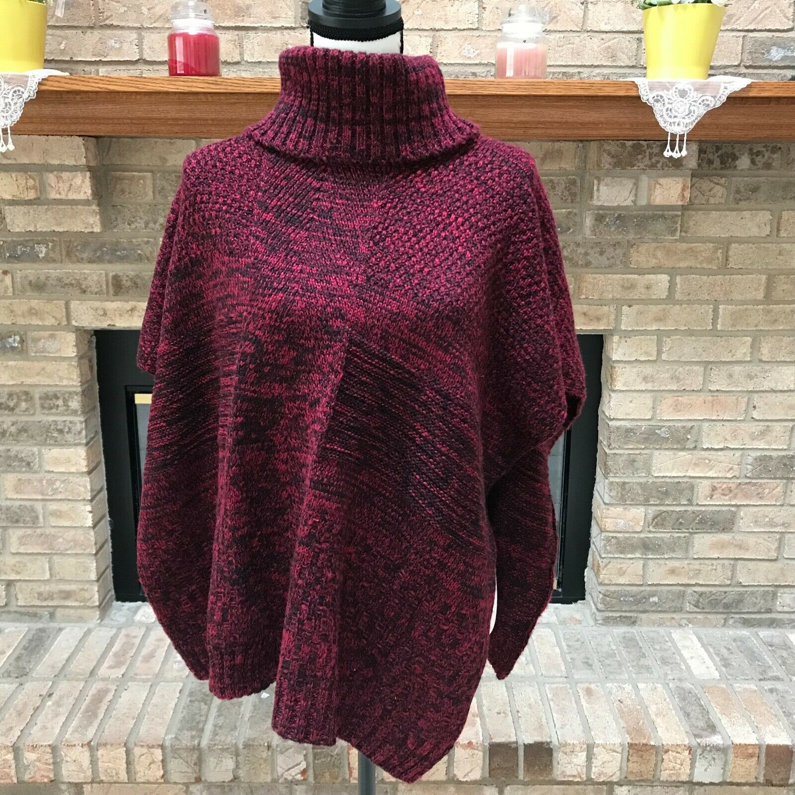 """Open Sides Pull-Over Red Turtleneck Poncho Sweater Ladies /""""Apt 9/"""" One Size"""