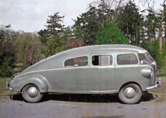 streamlined cars streamlined car from 1940 restored in 1967 with a new engine funcars. Black Bedroom Furniture Sets. Home Design Ideas