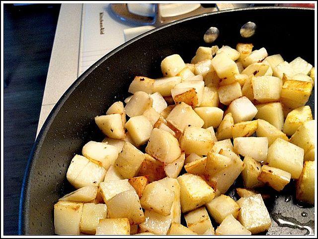really good fried potatoes by Andrea Dekker, via Flickr