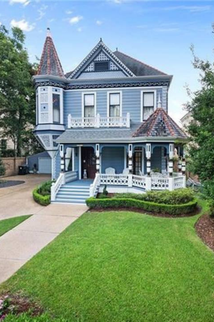 1889 Victorian For Sale In New Orleans Louisiana Captivating Houses Victorian House Colors Victorian Homes New Orleans Homes