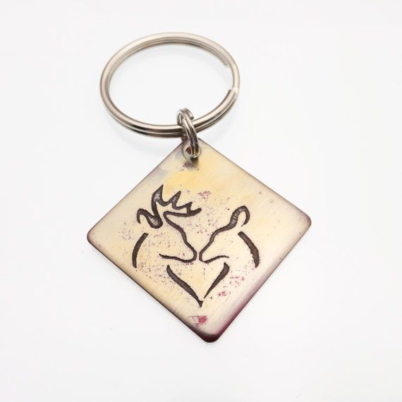 New To Cathyscreationsjwlry On Etsy Buck And Doe Heart Keychain Etched Copper Deer Hunter Stag Unique Key