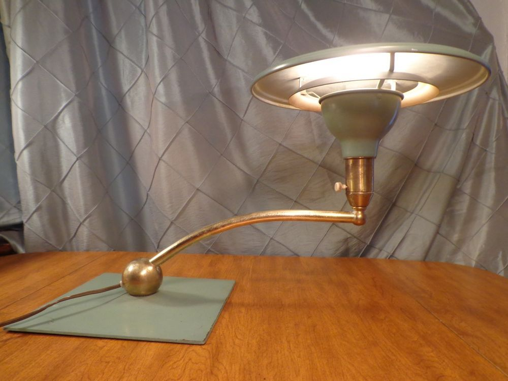 Vintage 1940 S 1950 S Nor Wood Flying Saucer Desk Lamp Vintage Lamps Desk Lamp Lamp