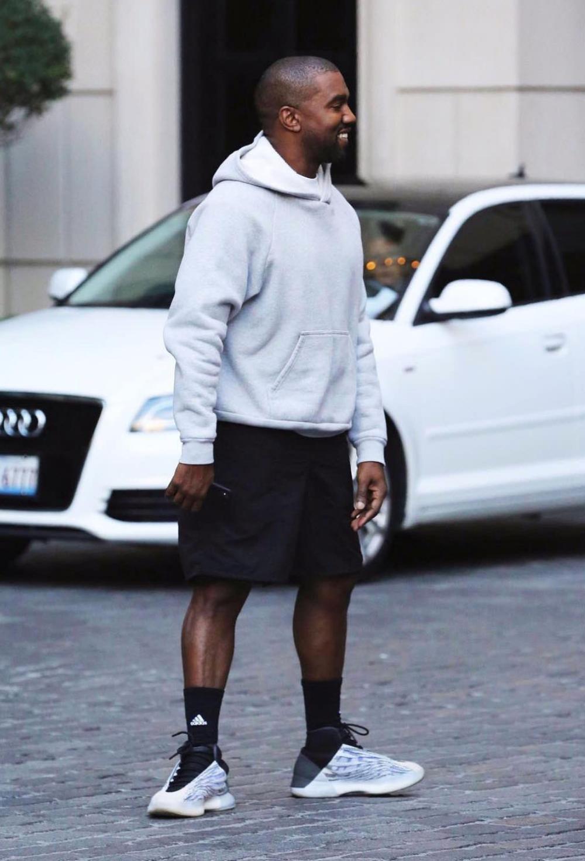 A Closer Look At The Alternate Adidas Yeezy Basketball Shoe Nice Kicks Yeezy Urban Fashion Adidas Yeezy