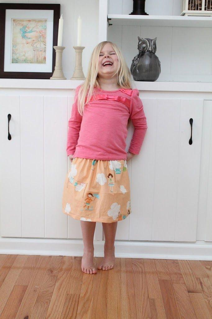 Simple Fat Quarter Skirt: Little Stitchers