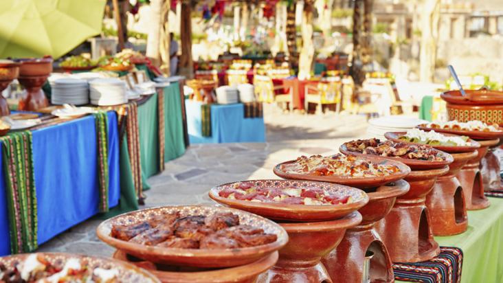 Todo lo que necesitas para armar tu fiesta mexicana - Comidas para cumpleanos en casa ...
