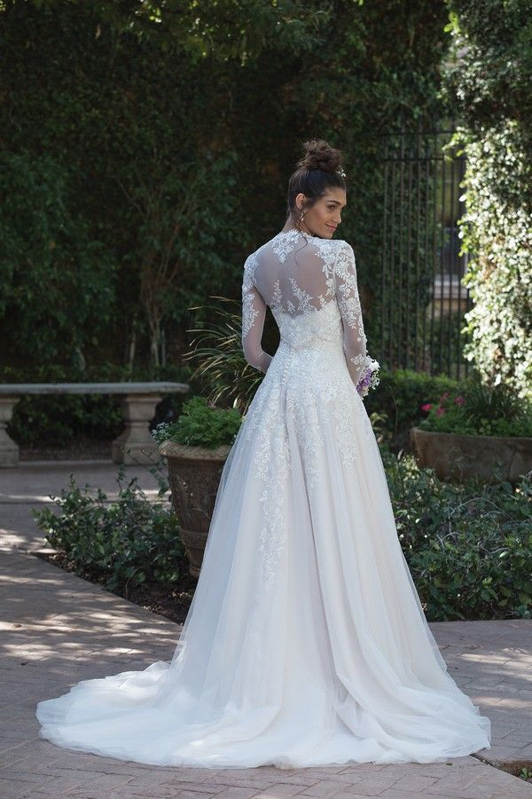 Back of 4019 Wedding Dress from the Sincerity Bridal SS18 Collection ...