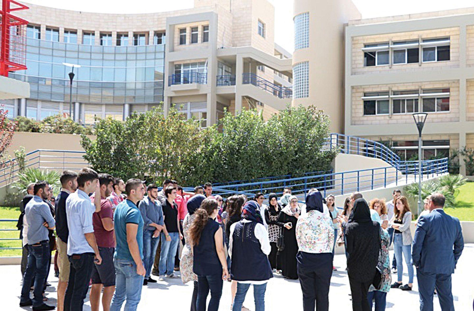 برامج دراسية مستحدثة في جامعة العزم تلبي متطلبات سوق العمل 8230 علم الجريمة اختصاص مستحدث في كلية الفنون والعلوم Street View Scenes Views