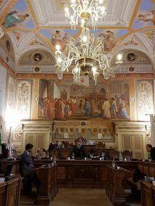 Consiglio comunale, raffica di interrogazioni