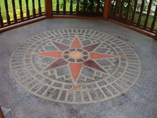 Concrete Stencil Accent   Compass Star Circle