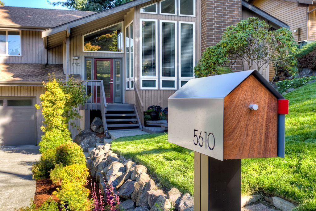 Great shot of the bailey modern mailbox