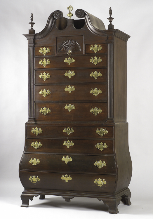 American Antique Chippendale scroll top mahogany bombe chest on chest.  Fabulous piece, made in Boston or Massachusetts 18th century. - American Antique Chippendale Scroll Top Mahogany Bombe Chest On